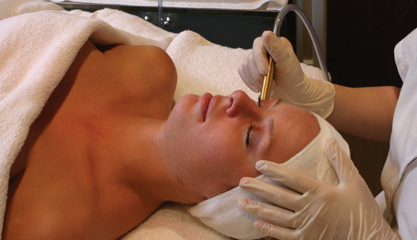 DiamondTome Tx Female Patient