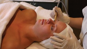 DiamondTome Facial Treatment